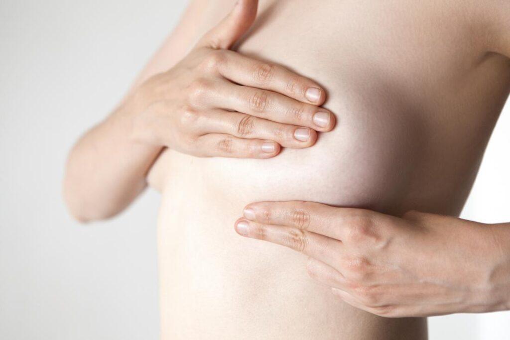 Was sind die Nebenwirkungen einer Brustvergrößerung?